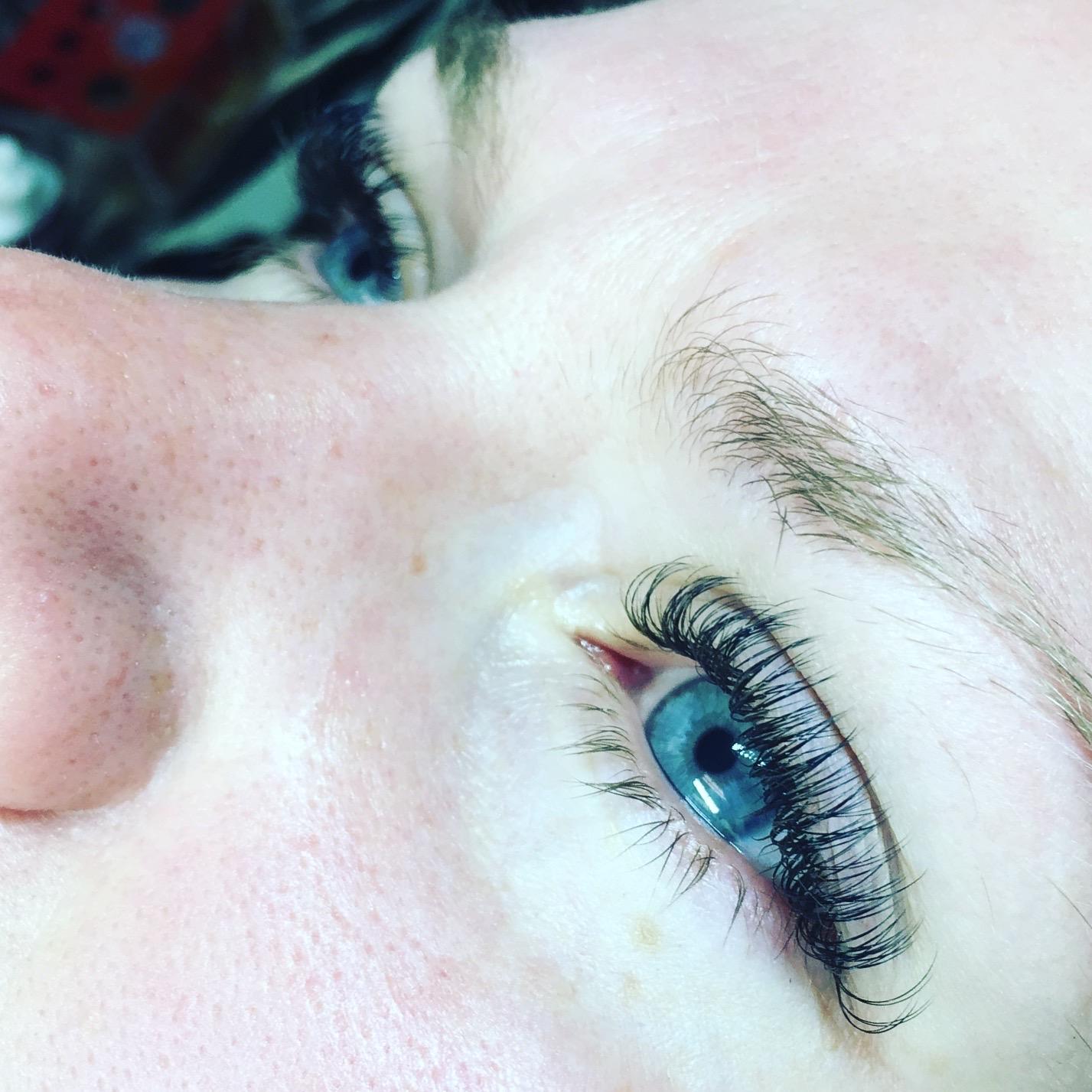 Eyelash Extensions, Bella Beauty, 2D, 3D/4D, 5D+ Volume Lashes - B